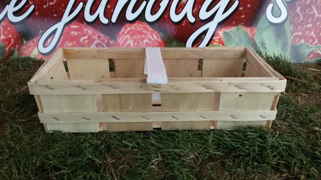 Košík na jahody - 25 Kč